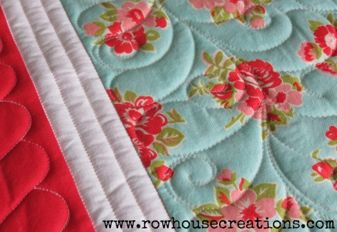 Feather quilting free-motion
