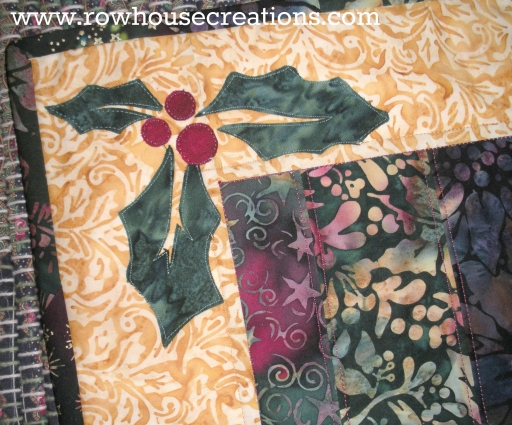 Jolly Holly Christmas Holiday Free Quilt Pattern Table Runner Pattern
