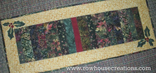 Jolly Holly Runner Free Pattern Christmas Quilt